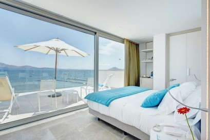 Take the first look to your room in Puerto de Pollensa!